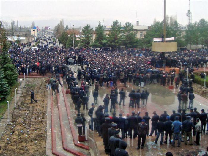 civil war in Kirgizia 12