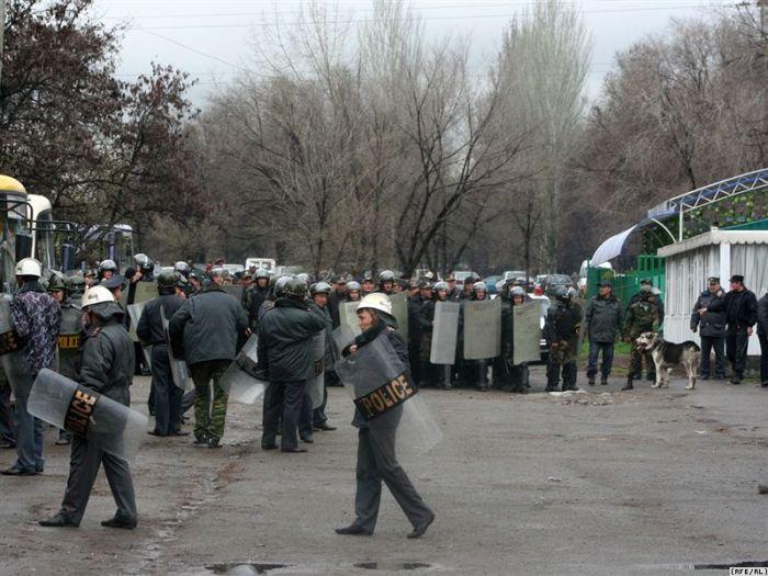civil war in Kirgizia 17