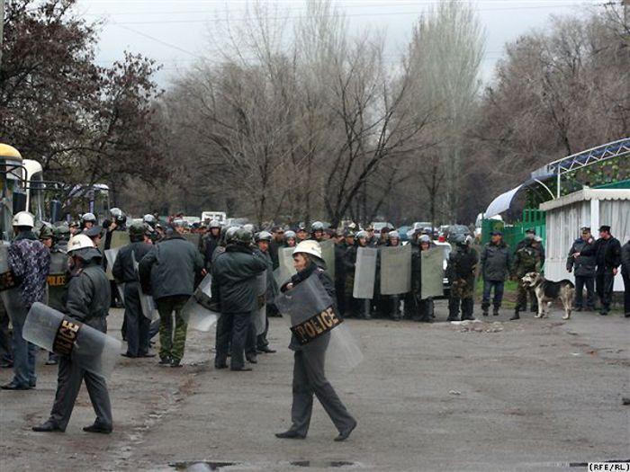 civil war in Kirgizia 8