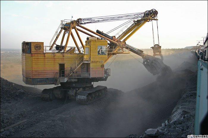 giant excavator - photo #21