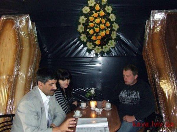 Russian coffin shaped resaurant in Ukraine 6
