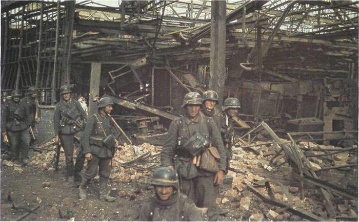 Colors of World War II 14
