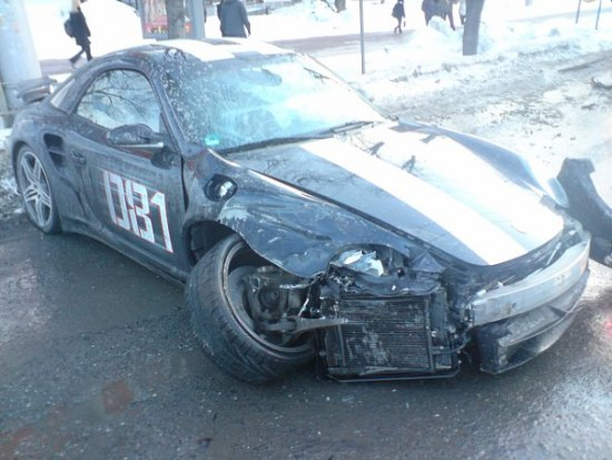 Russian porsche crashed 2
