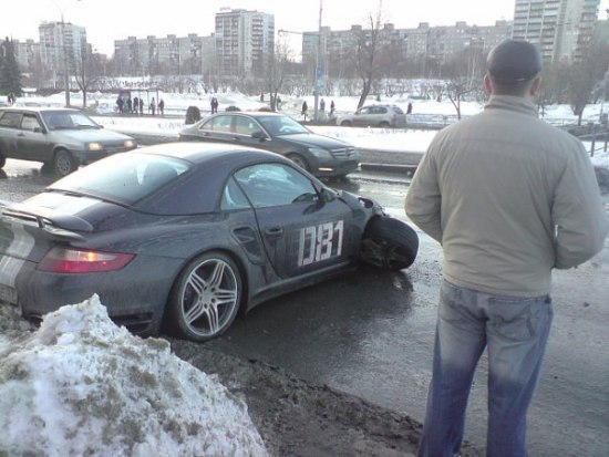 Russian porsche crashed 4