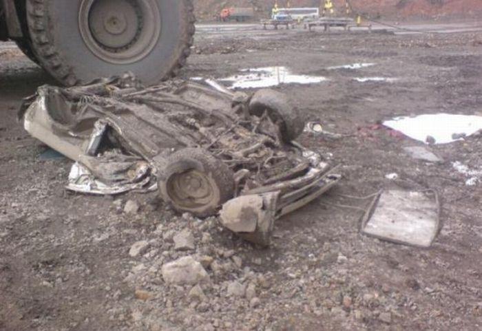 Cruel Accident in a Coal Mine 7