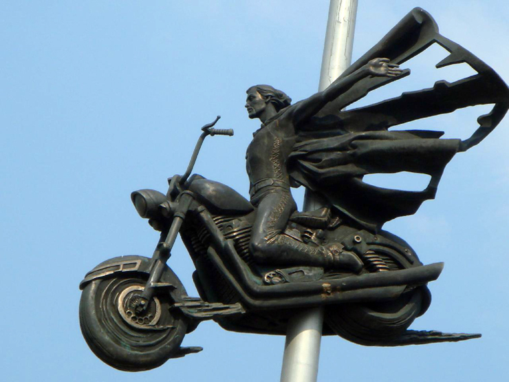 russian monument for bikers in Ukraine 1