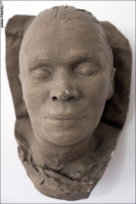 deathmasks of the famous soviet figures 2