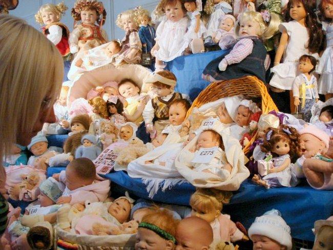 Baby Dolls Fair in St. Petersburg, Russia 20