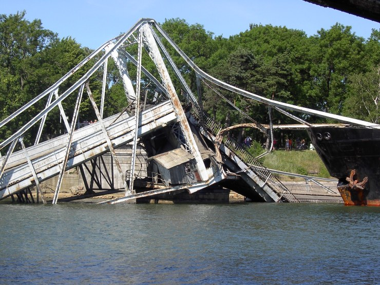how to remove an unwanted bridge 10