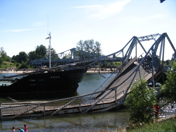 how to remove an unwanted bridge 17