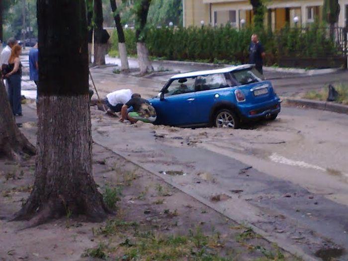 Don\'t Go Mini In Ukraine! 2