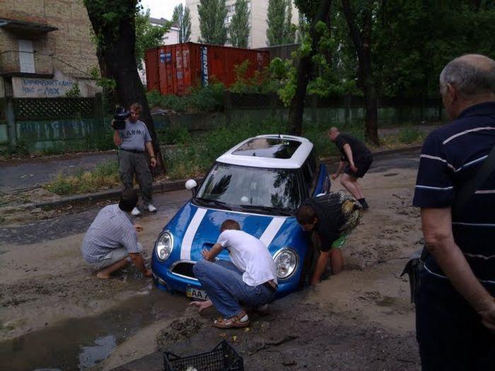 Don\'t Go Mini In Ukraine! 3