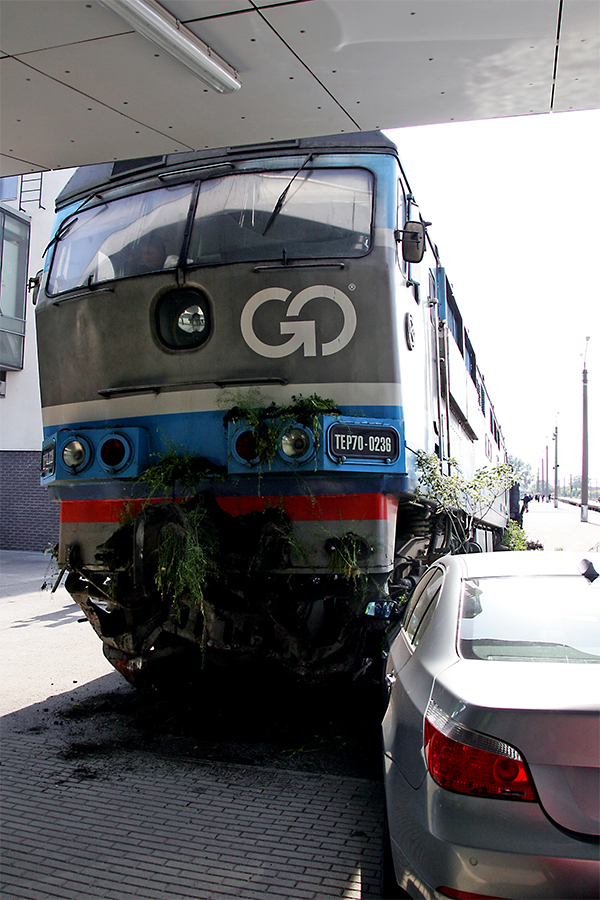 Estonian train hit car 2
