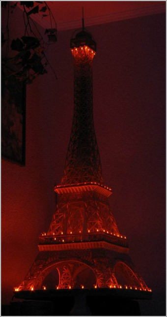 eiffel tower made of matches