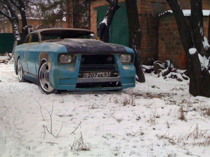 Epic Tuning of an Old Moskvich? 18