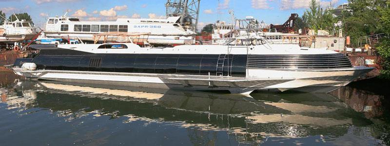 Russian luxury boat 11