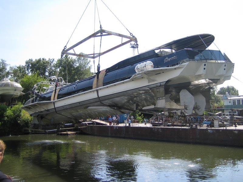Russian luxury boat 13