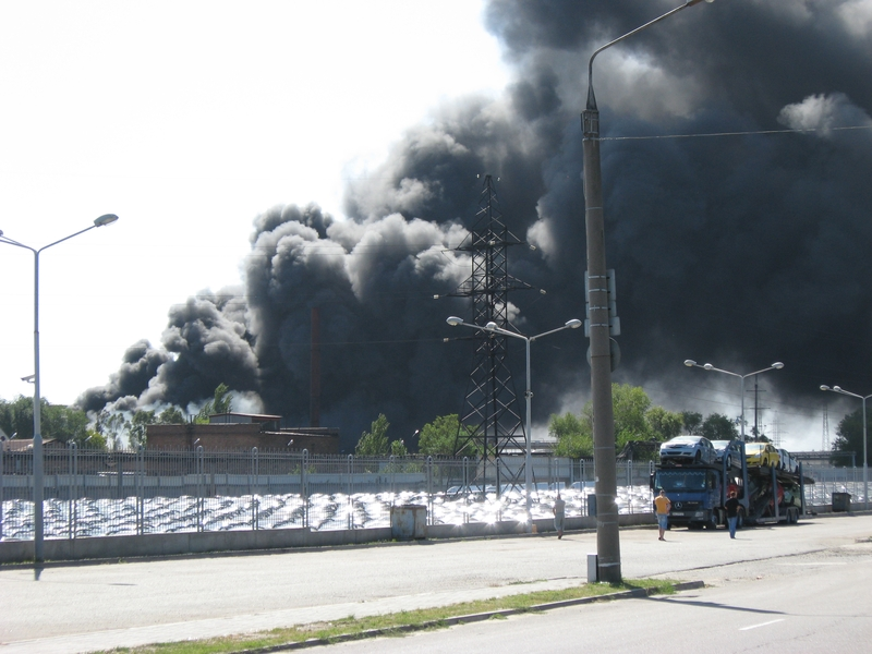 Russian fire in Ukraine ZAZ factory 4
