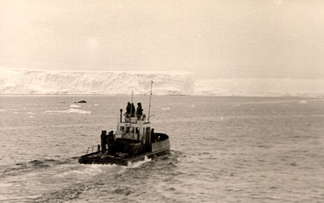 first Russian expedition to Antarctics in 1950 29