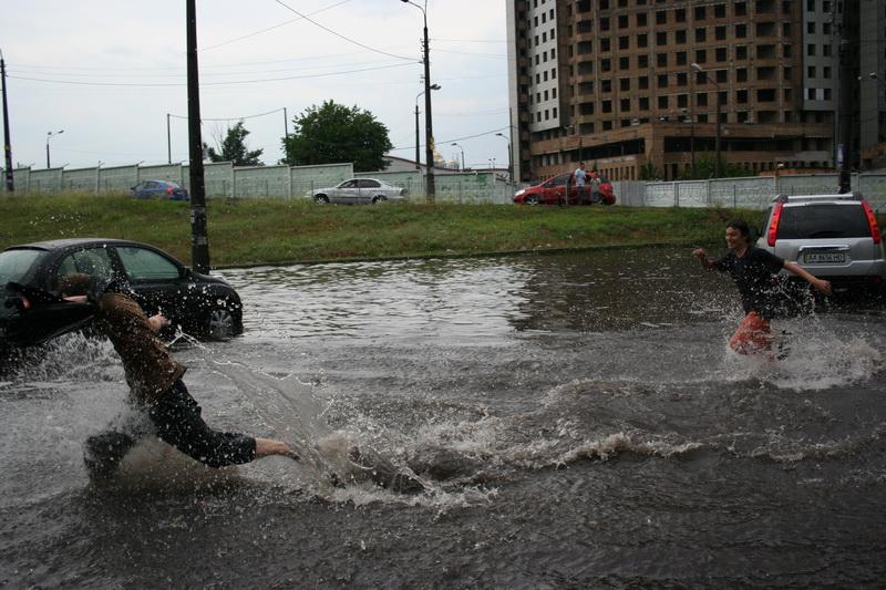 Russian flooding in Kiev 11