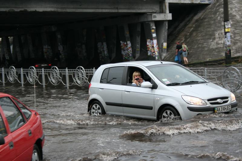 Russian flooding in Kiev 13