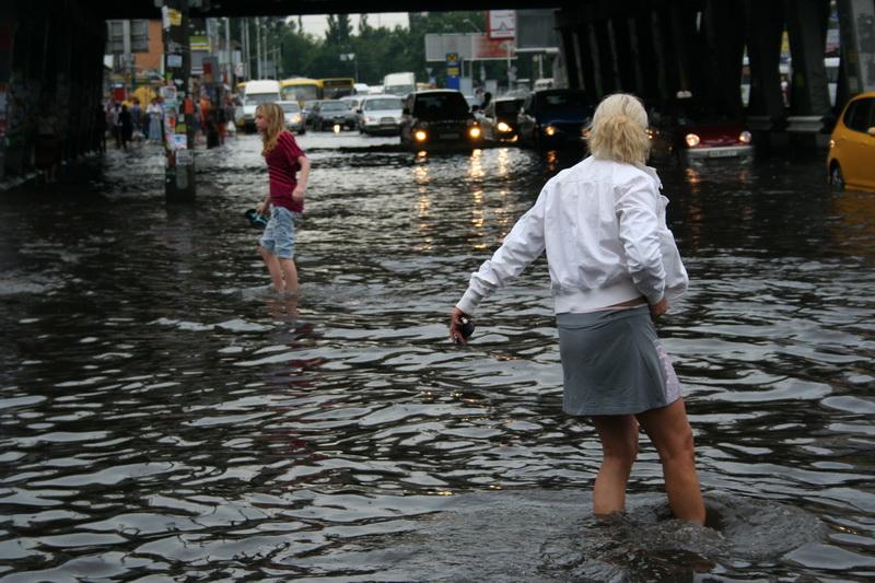 Russian flooding in Kiev 15