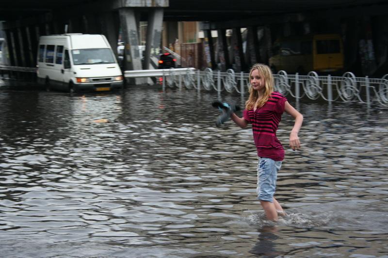 Russian flooding in Kiev 16