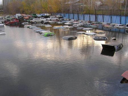 flooded parking in Russia 1