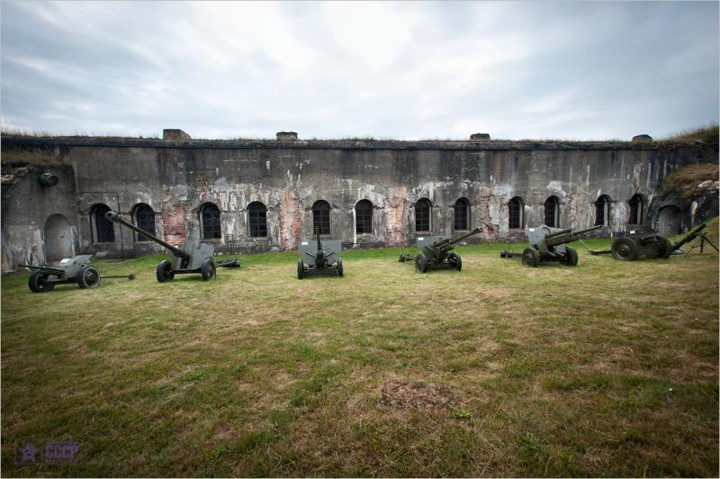 Fort V 11
