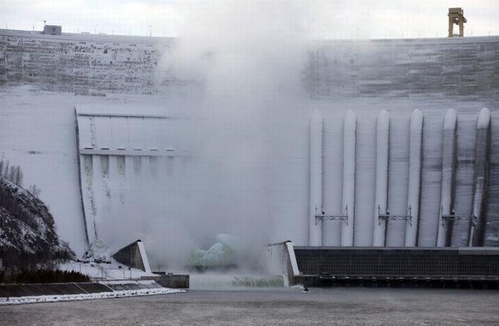 Russian frozen power plant 5