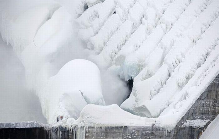 Russian frozen power plant 6