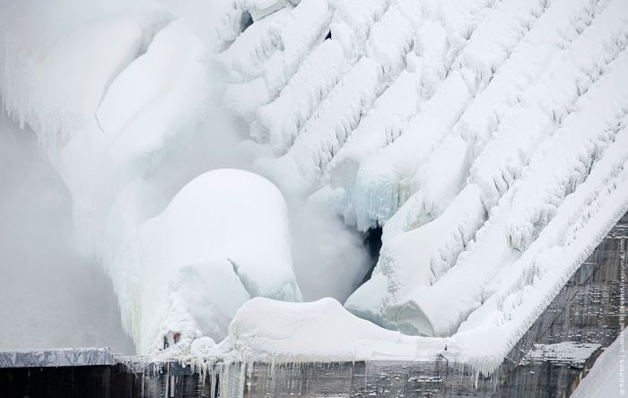 Russian frozen power plant 8