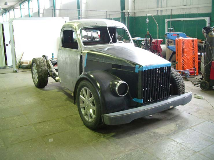 Russian old truck goes hotrod 6