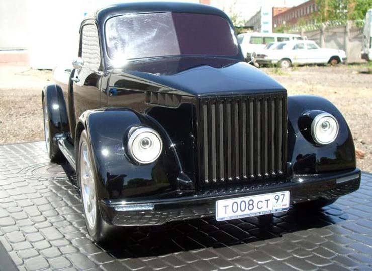 Russian old truck goes hotrod 9
