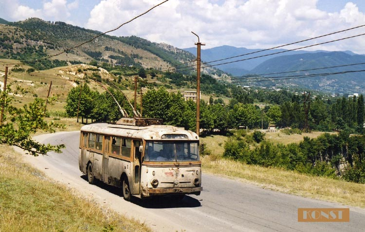 Ancient Electro bus running through georgia