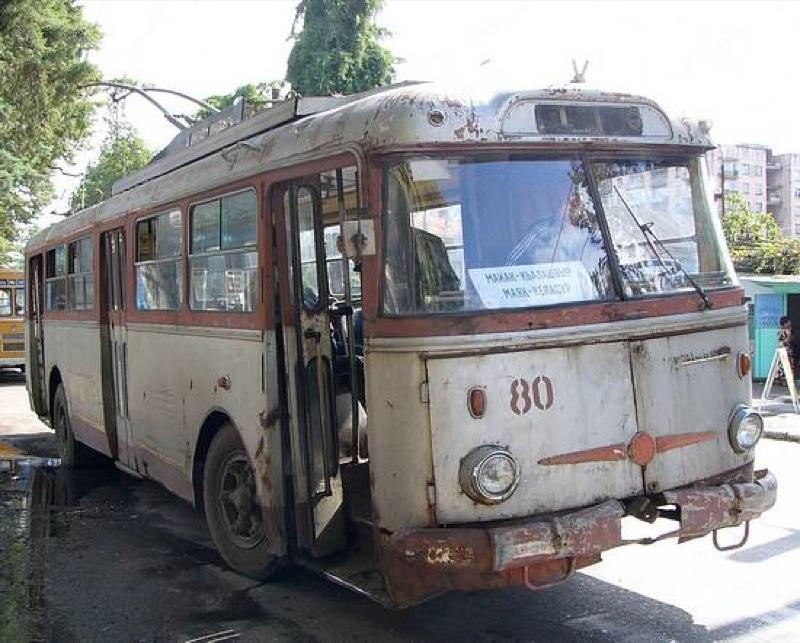 Ancient Electro bus running through georgia 13