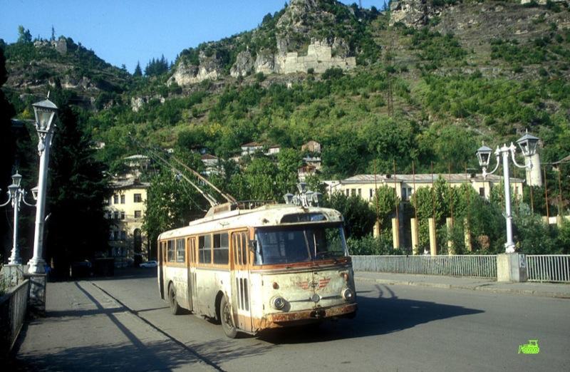 Ancient Electro bus running through georgia 14