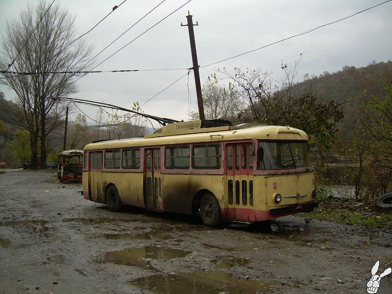 Ancient Electro bus running through georgia 4