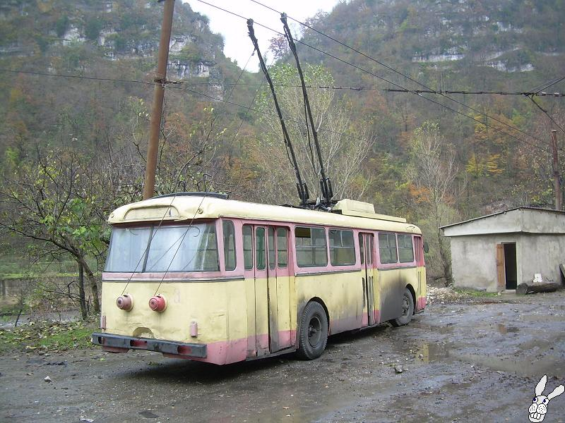 Ancient Electro bus running through georgia 6