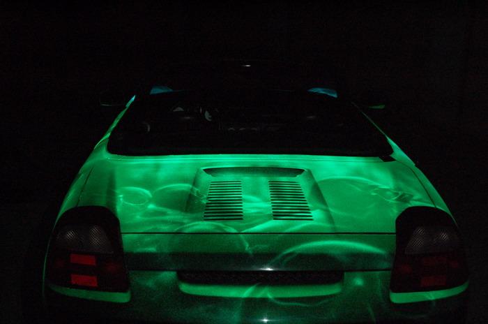 russian car glowing in the dark 11