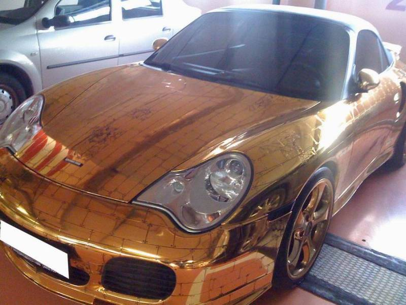 Russian gold plated porsche 3