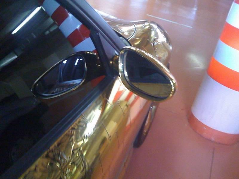 Russian gold plated porsche 10