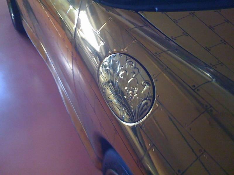 Russian gold plated porsche 13