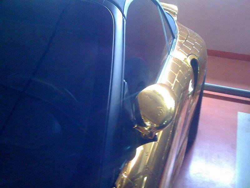 Russian gold plated porsche 18