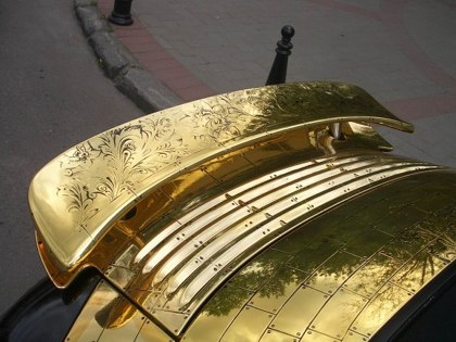 Russian porsche made of gold 9