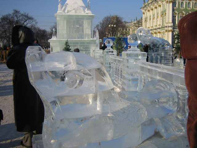 An ice palace in St. Petersburg 10
