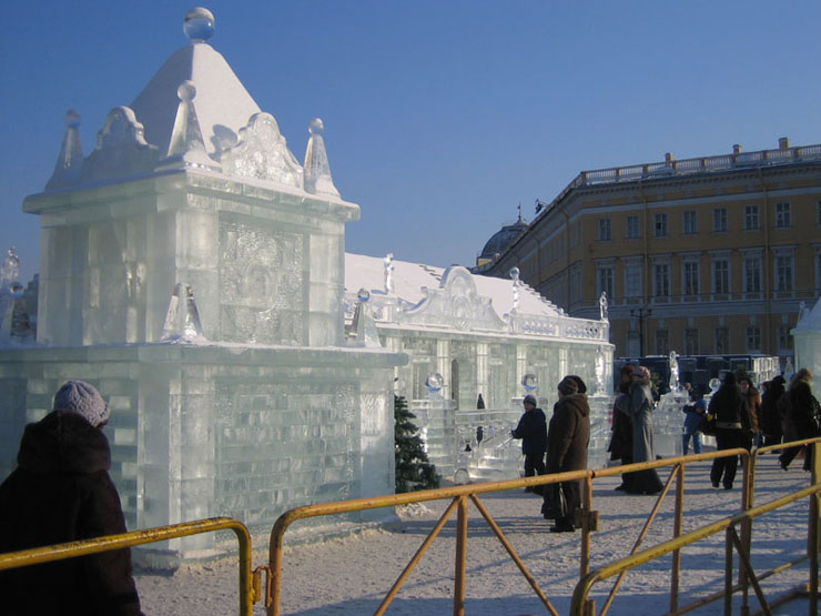 An ice palace in St. Petersburg 3