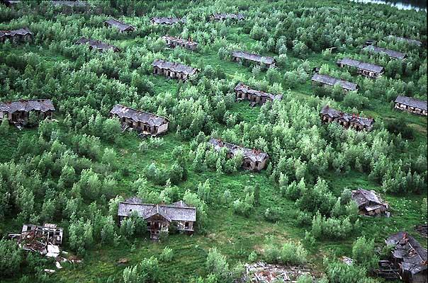 Igarka Salehard abandoned railway in Russia 1