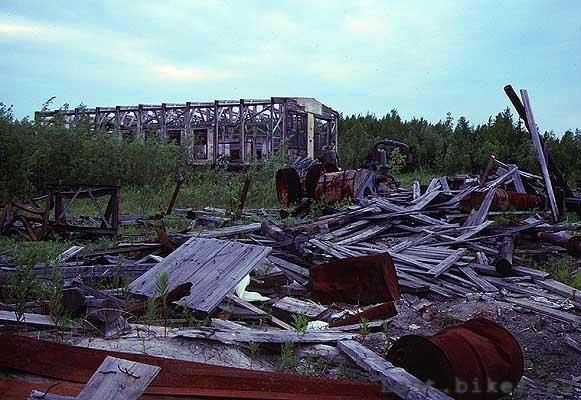 Igarka Salehard abandoned railway in Russia 15