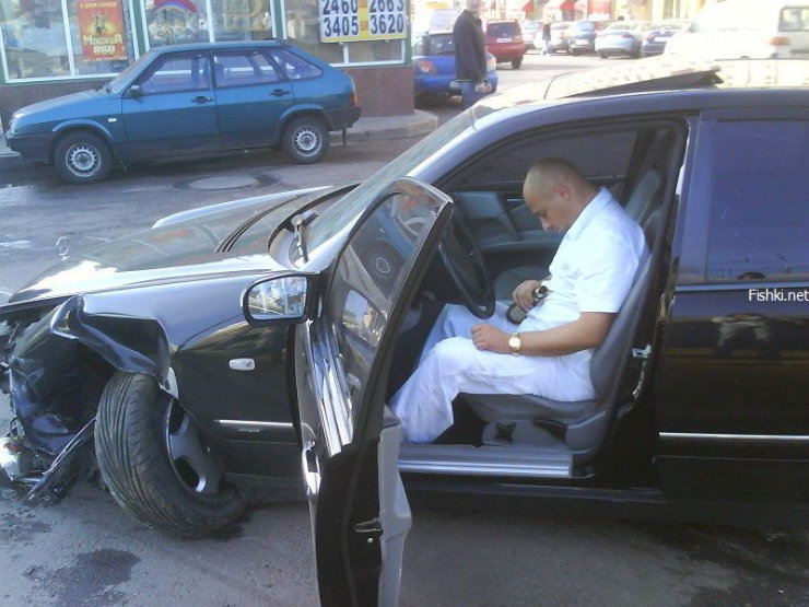 an ordinary car accident in Moscow 5
